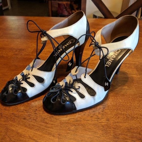 802deee8f22c CHANEL Shoes - Rare Black   White Chanel mary jane heels!